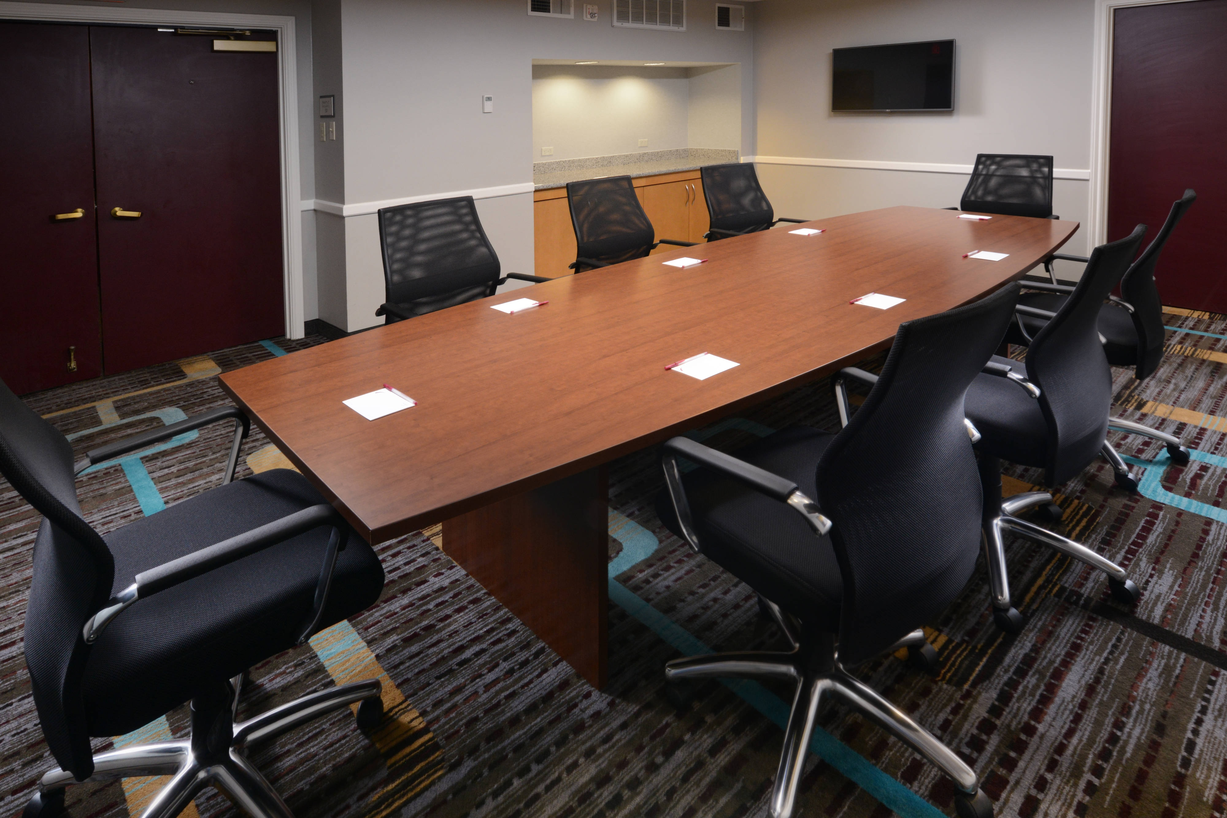 Dallas, TX Meetings Boardroom