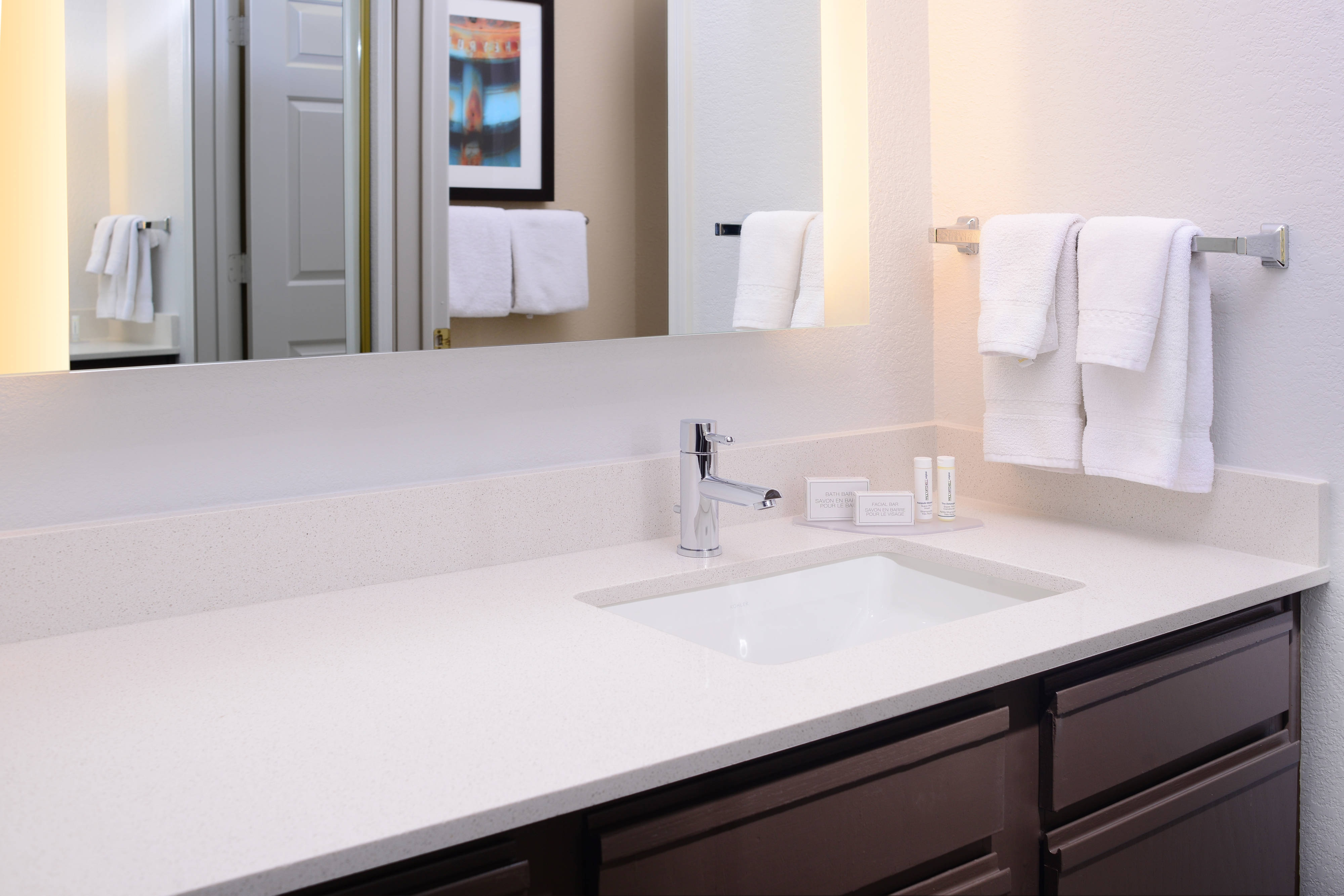 Residence Inn Dallas Plano Guest Vanity Area