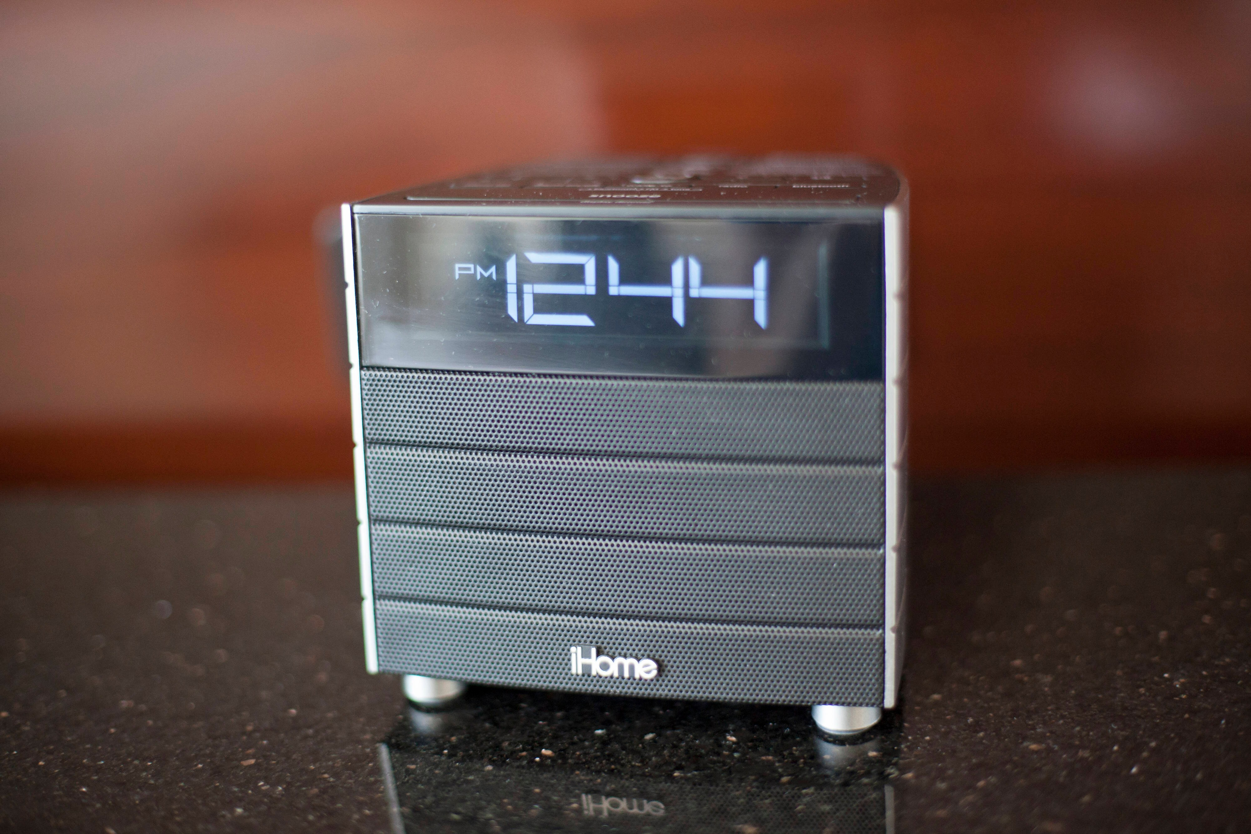 Plano Hotel with iHome
