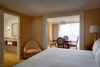 Galleria Dallas Hotel Suite Bedroom