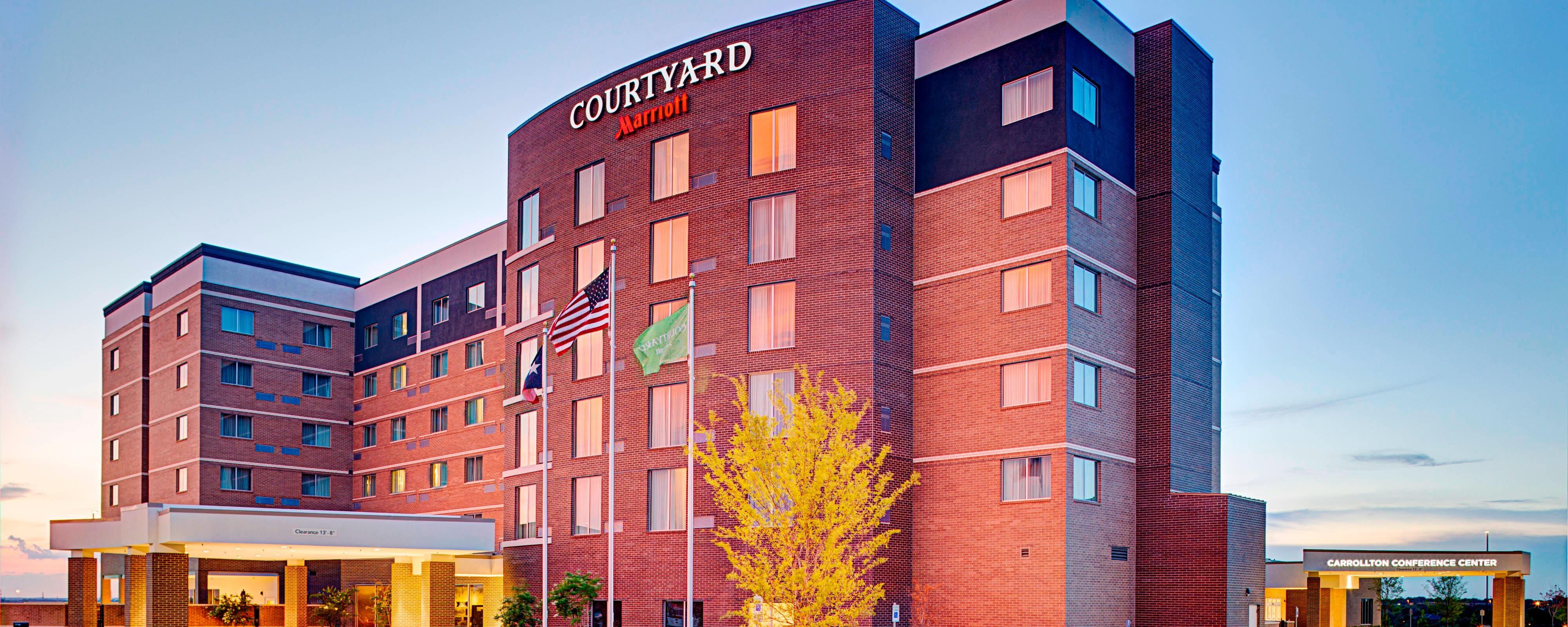 Hotel In Carollton Tx Near Conference Center Courtyard