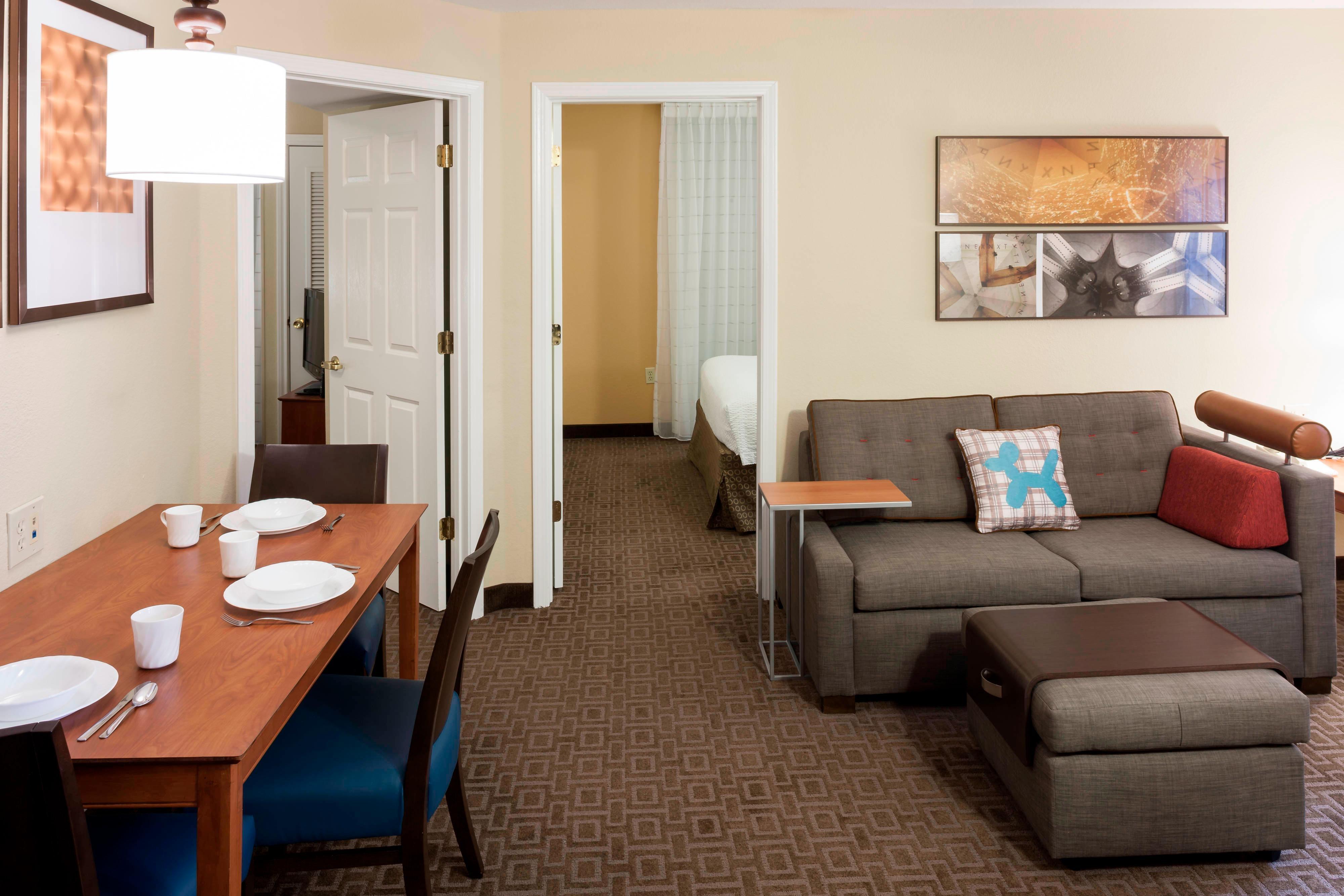 Suite à deux chambres-coin salon