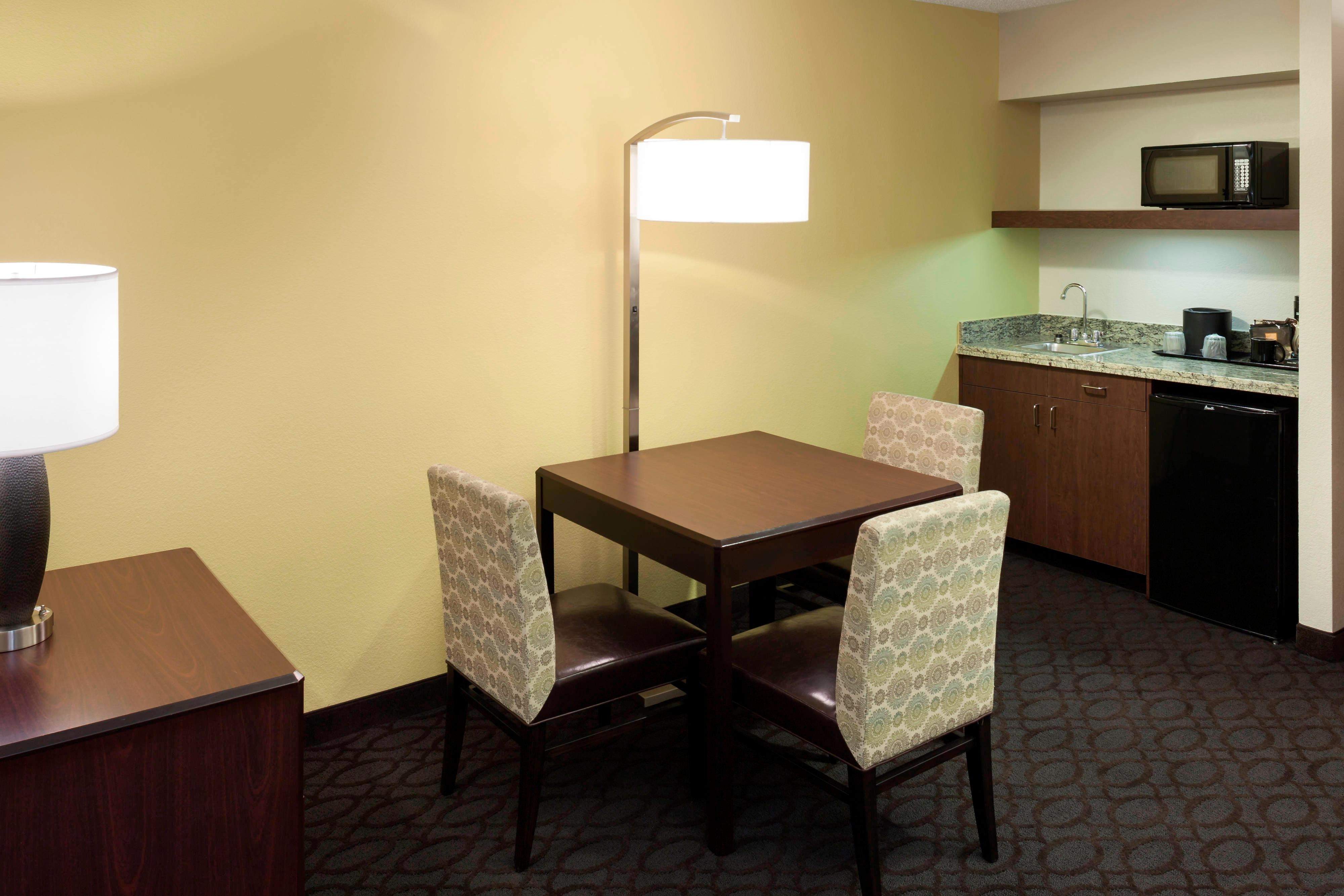 Double/Double Suite Amenities