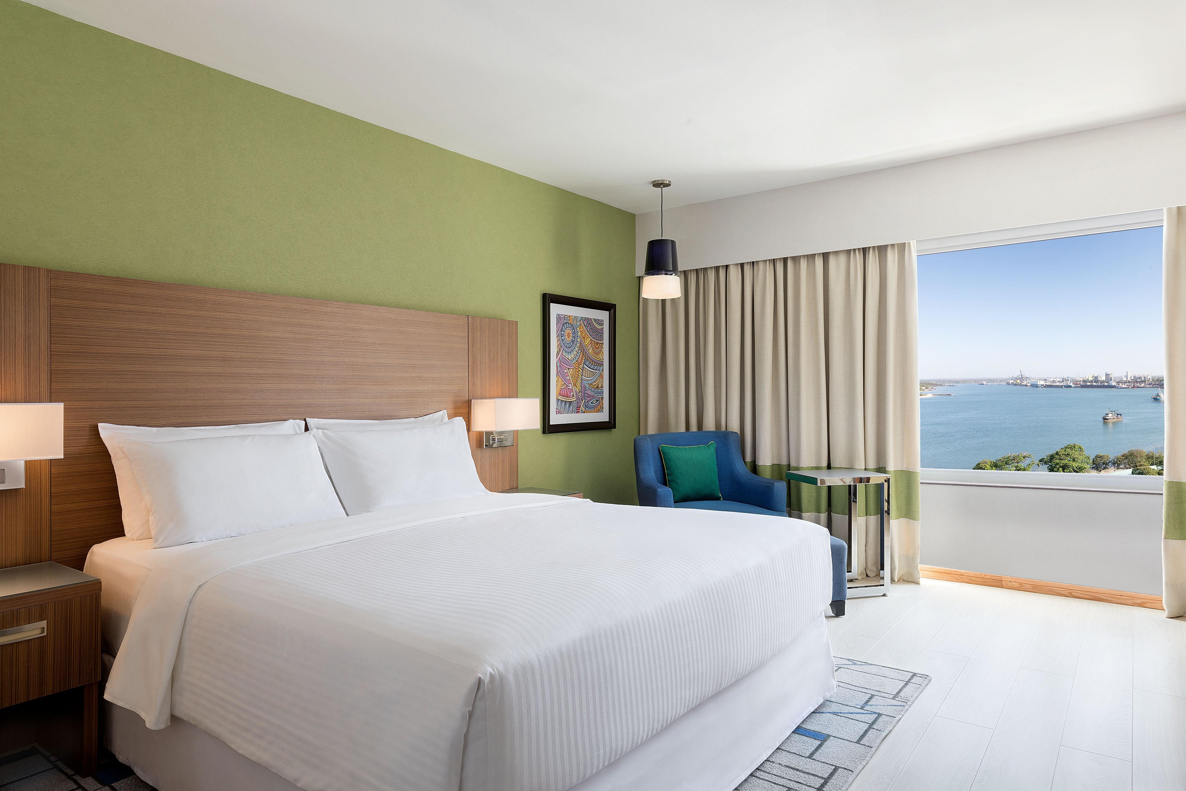 King Harbour View Club Guest Room