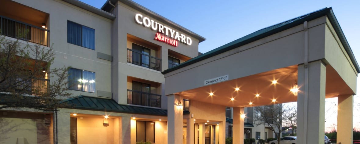 Dayton North Airport Courtyard Hotel