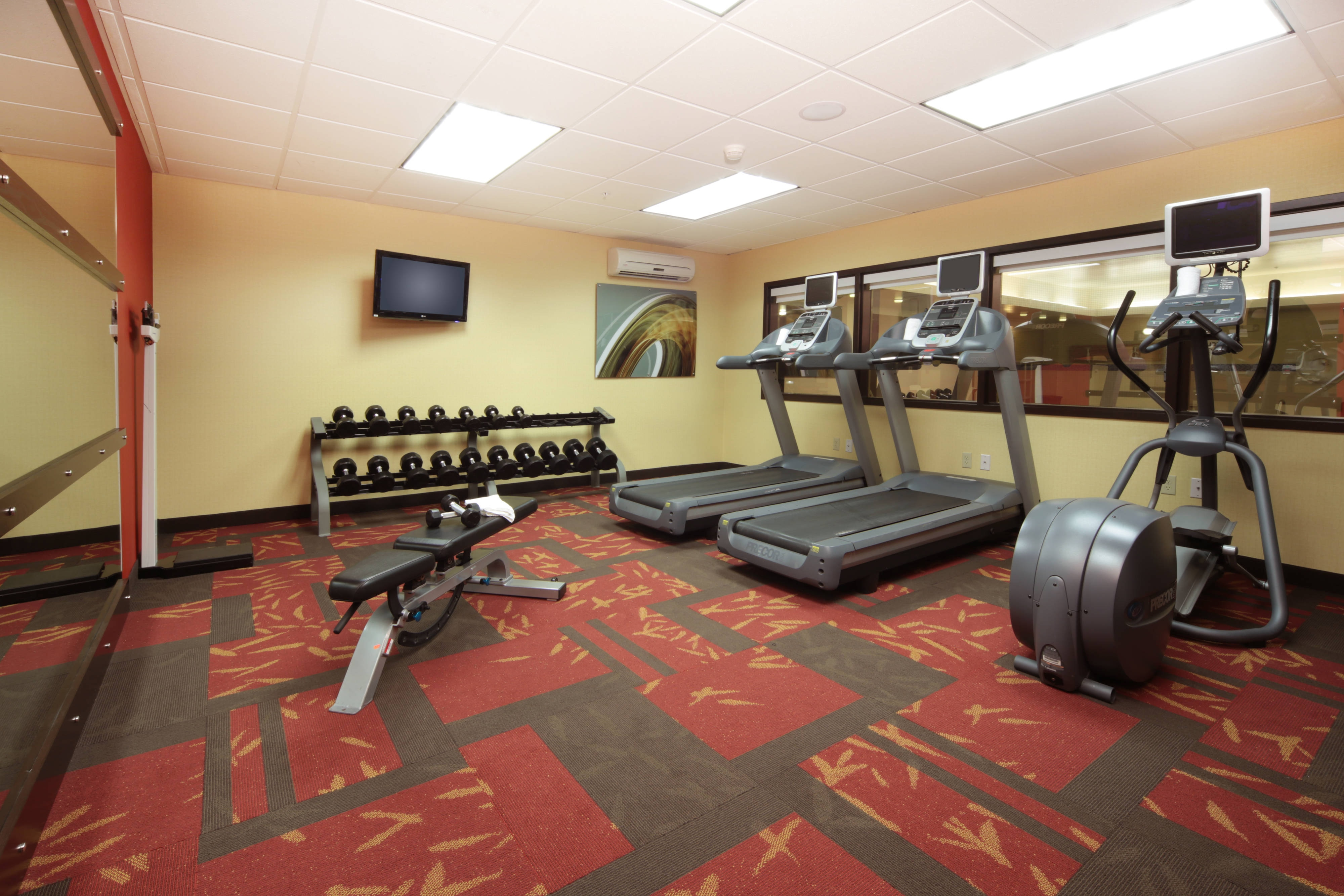 Dayton Airport hotel fitness room