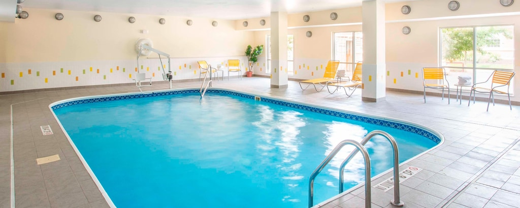 Hotels With Inside Pools Near Kettering Fairfield Inn Suites Dayton South