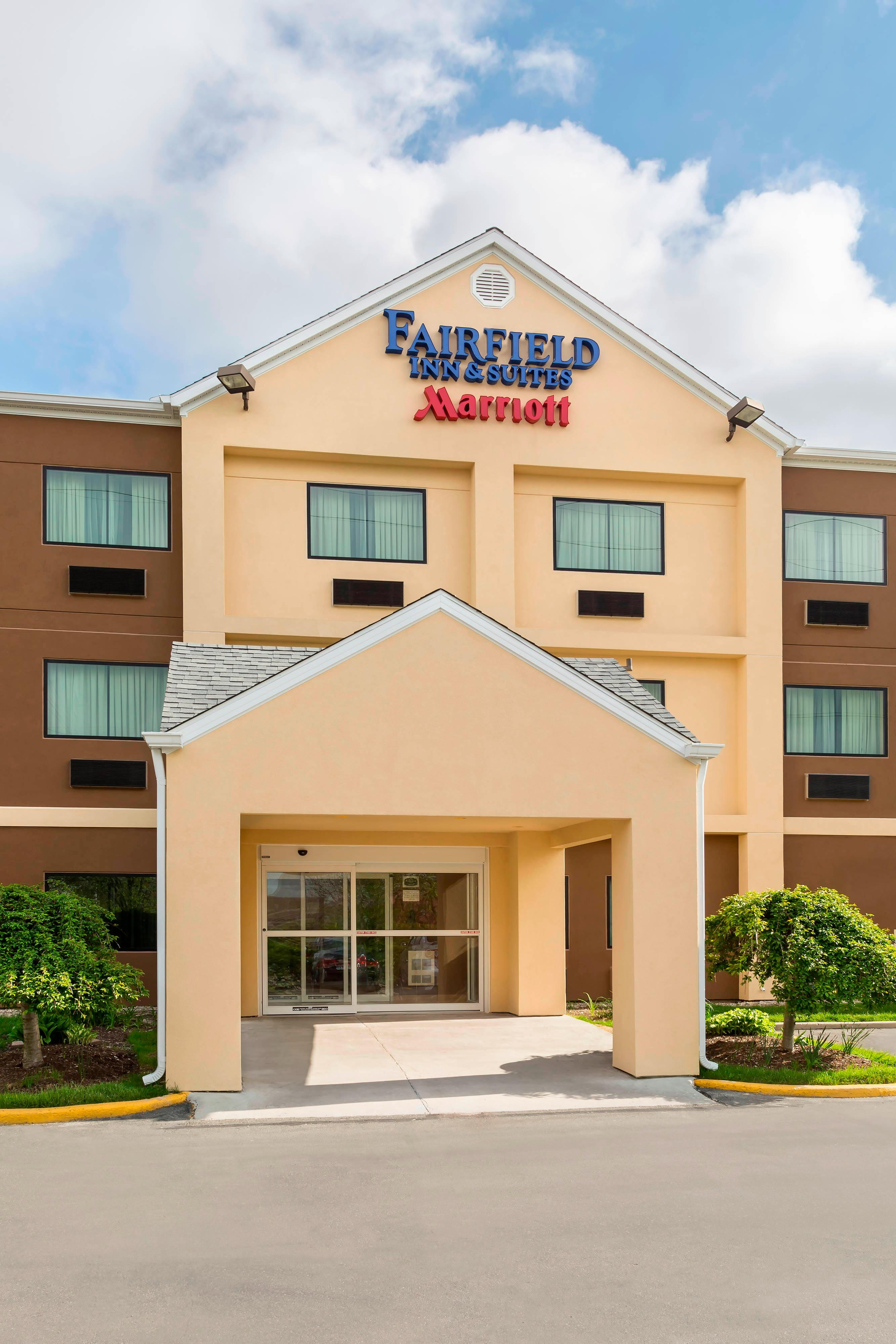Exterior of Fairfield Inn & Suites Springfield