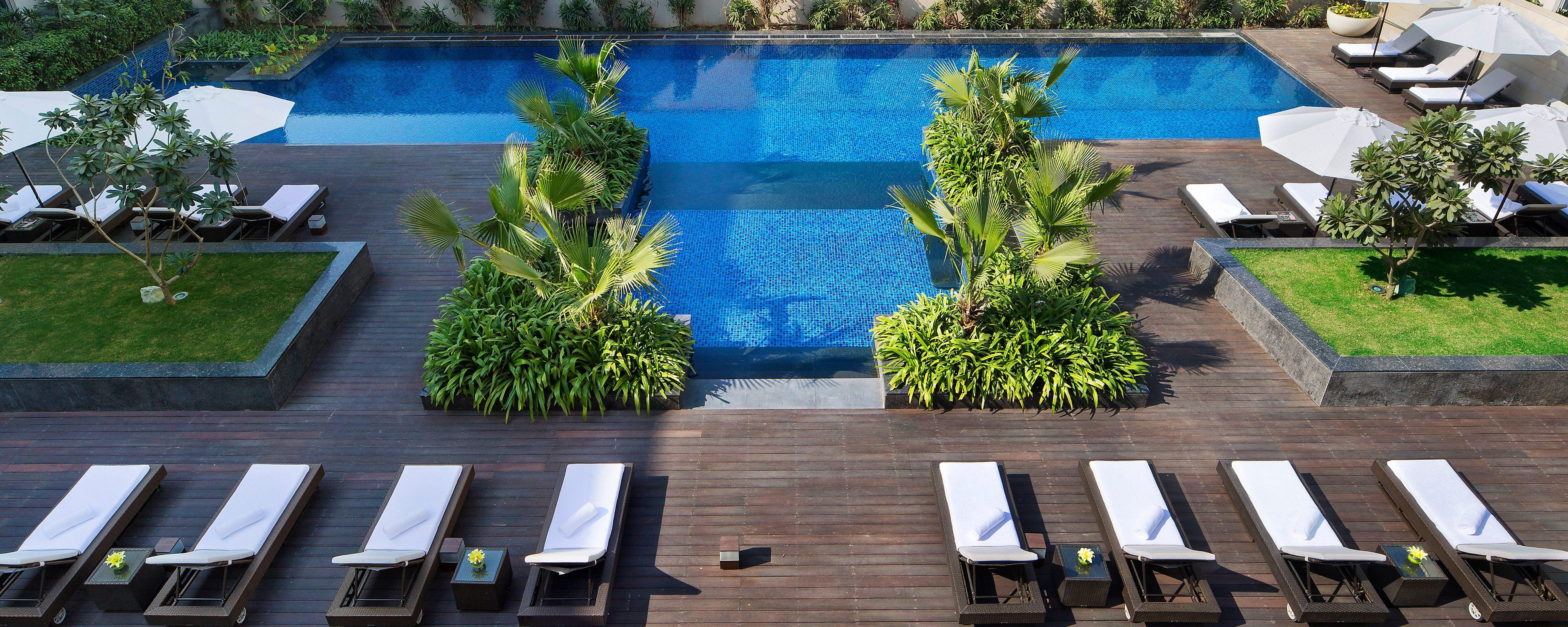New Delhi hotel outdoor pool