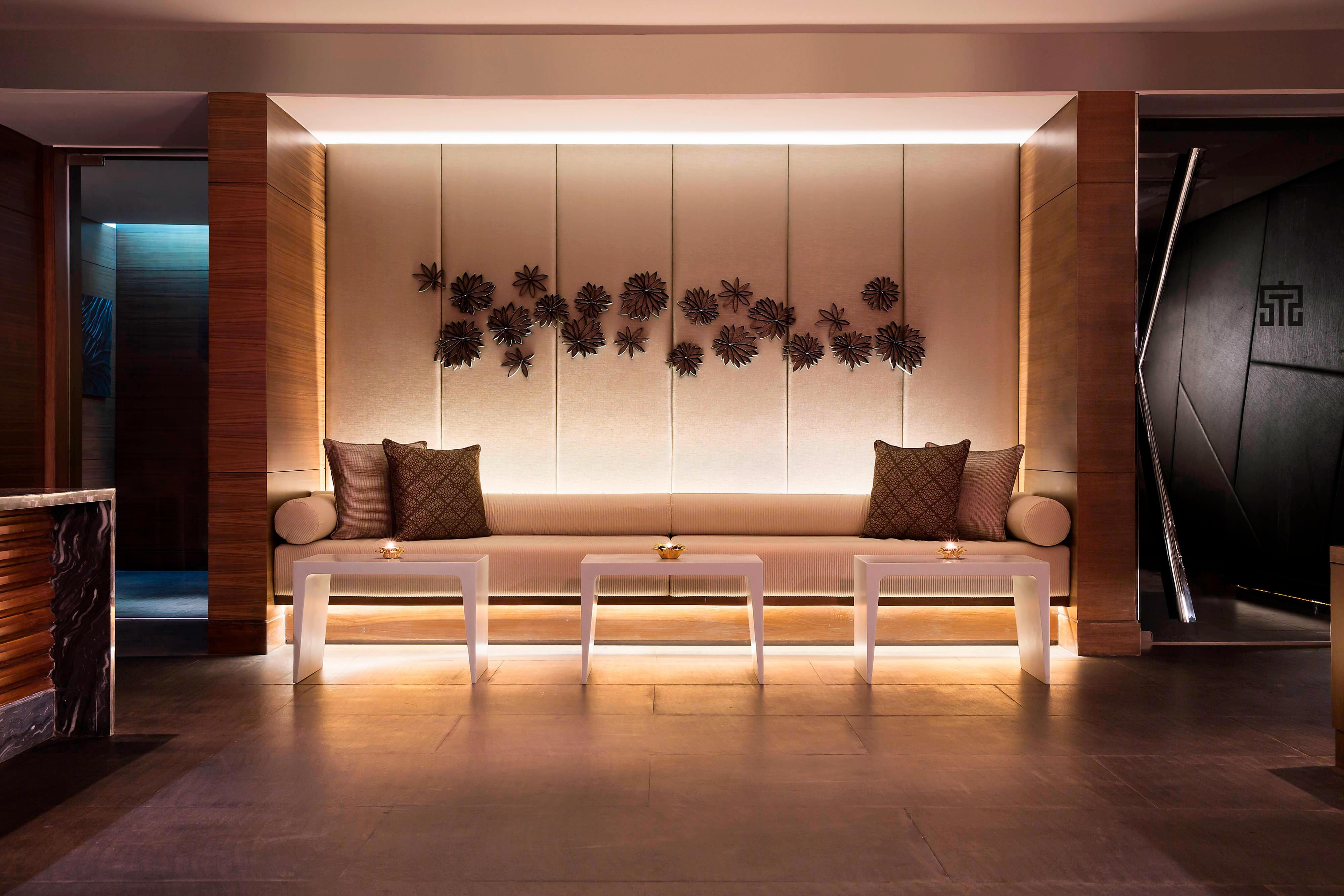 New Delhi Spa reception area