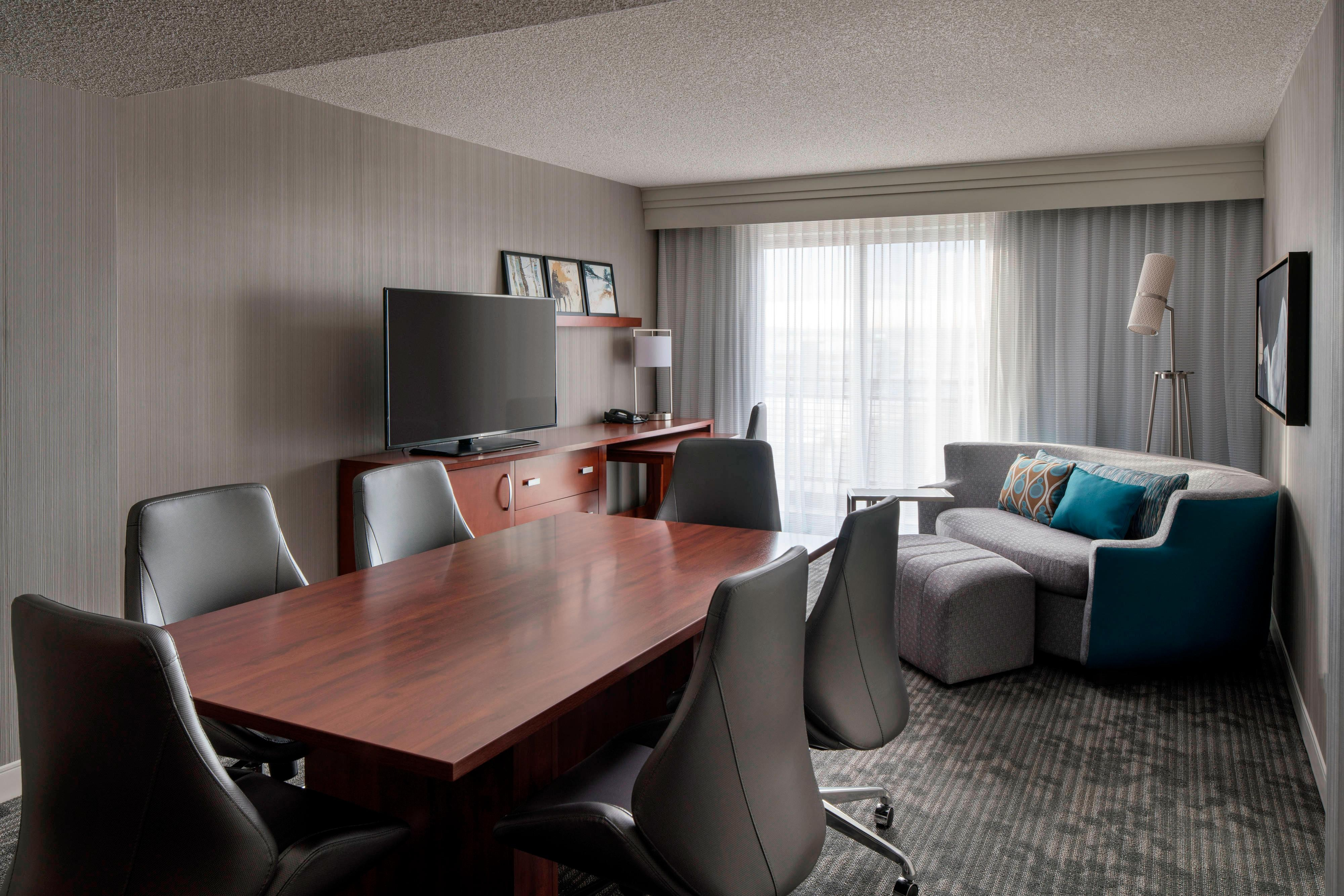 Conference Suite - Living Area