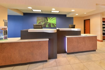 Aurora Colorado Hotel Front Desk
