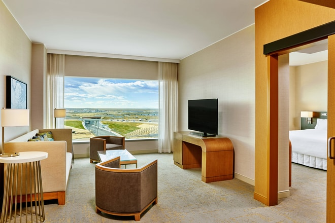 Deluxe or Executive Suite