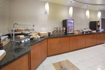 Longmont Hotel Breakfast Buffet