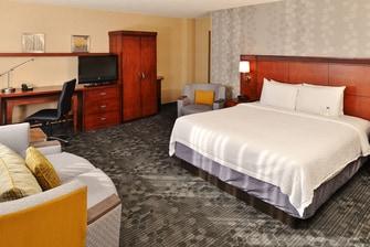 Courtyard Denver Hotel Room