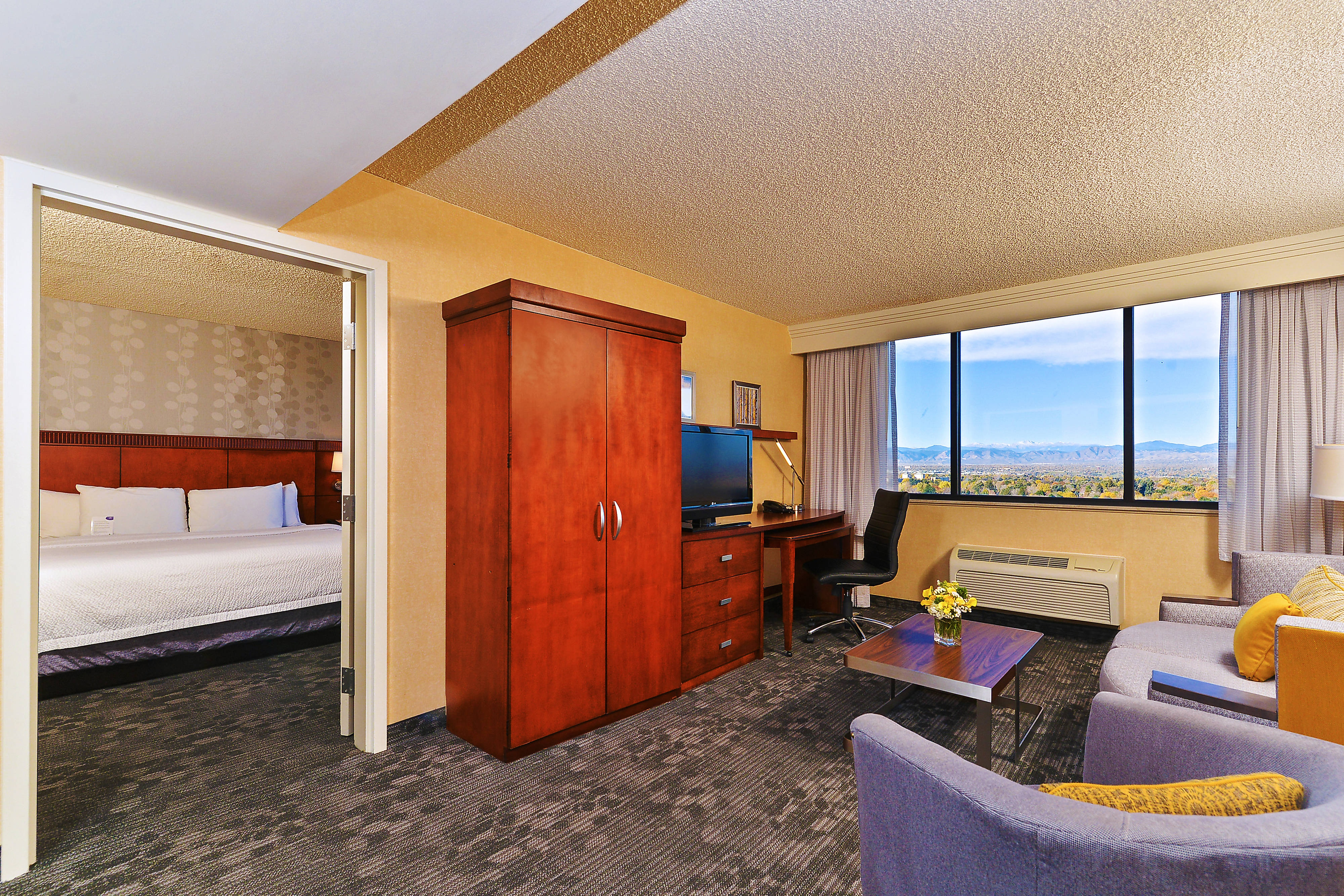 Courtyard Cherry Creek King Suite