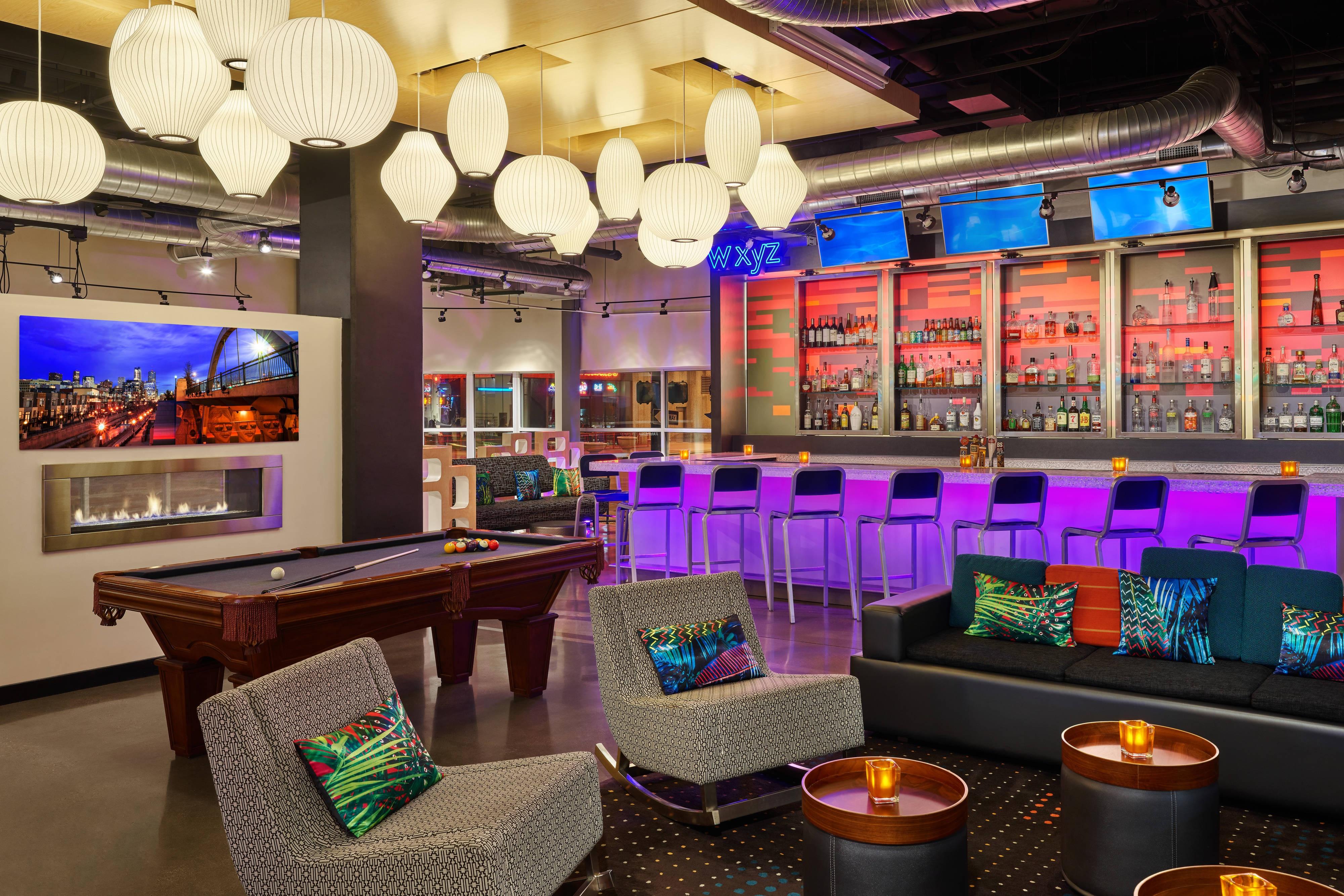 WXYZ Lounge and Bar