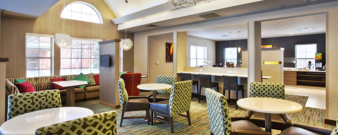 Hotels Near Lakewood Co