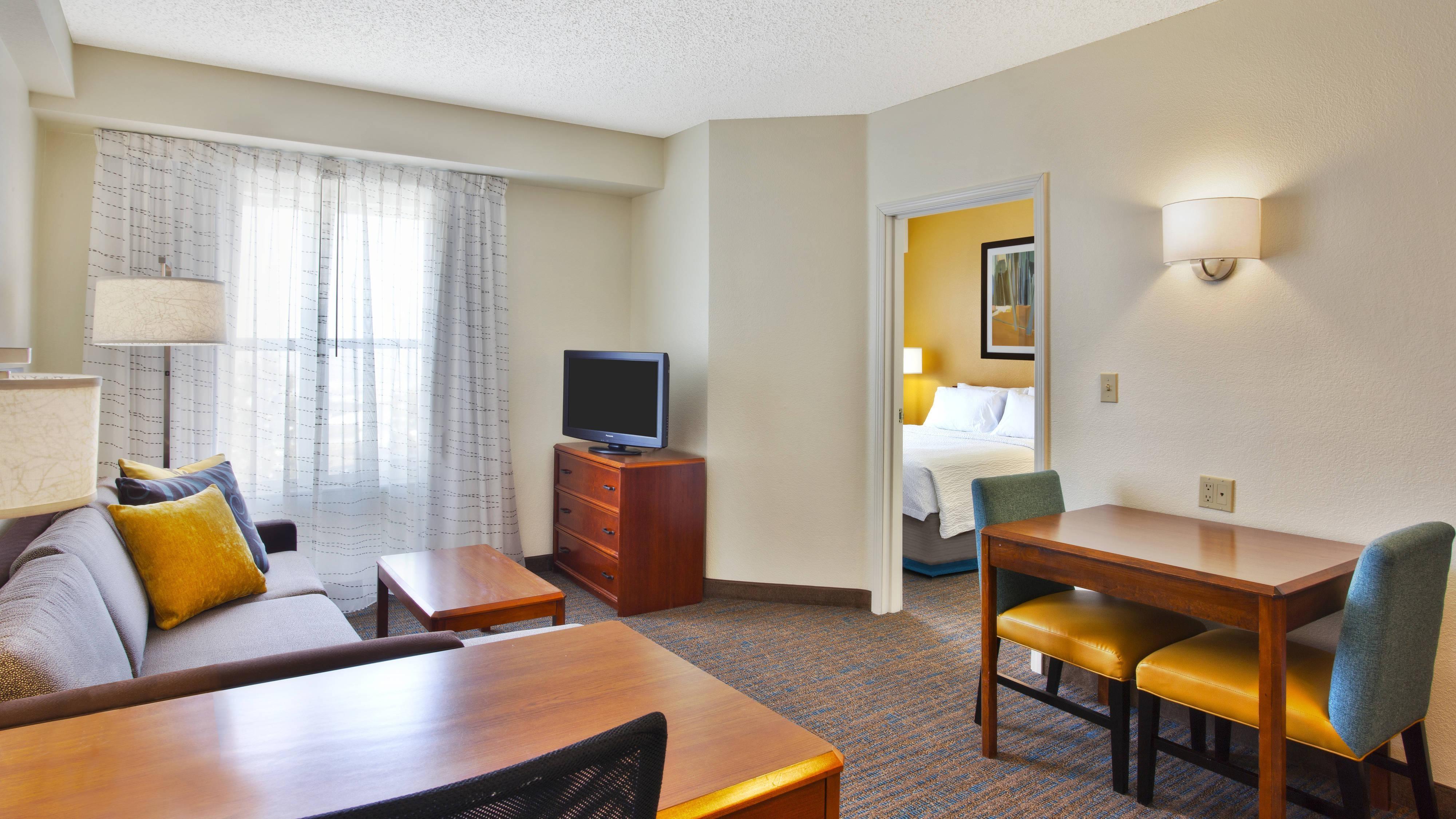 Golden CO Suites