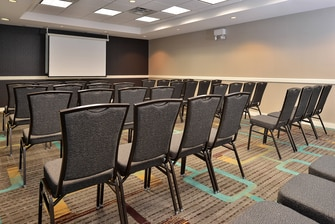 Denver Airport Hotel Meeting Room