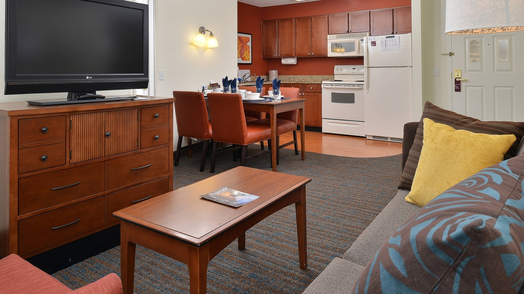 Denver Airport Two-Bedroom Suite