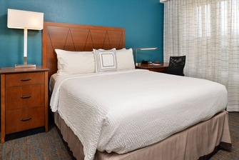 Denver Airport hotel suites