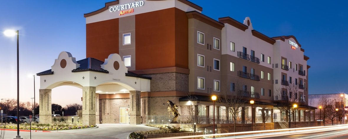 Fort Worth Stockyards Hotels Courtyard Forth Worth