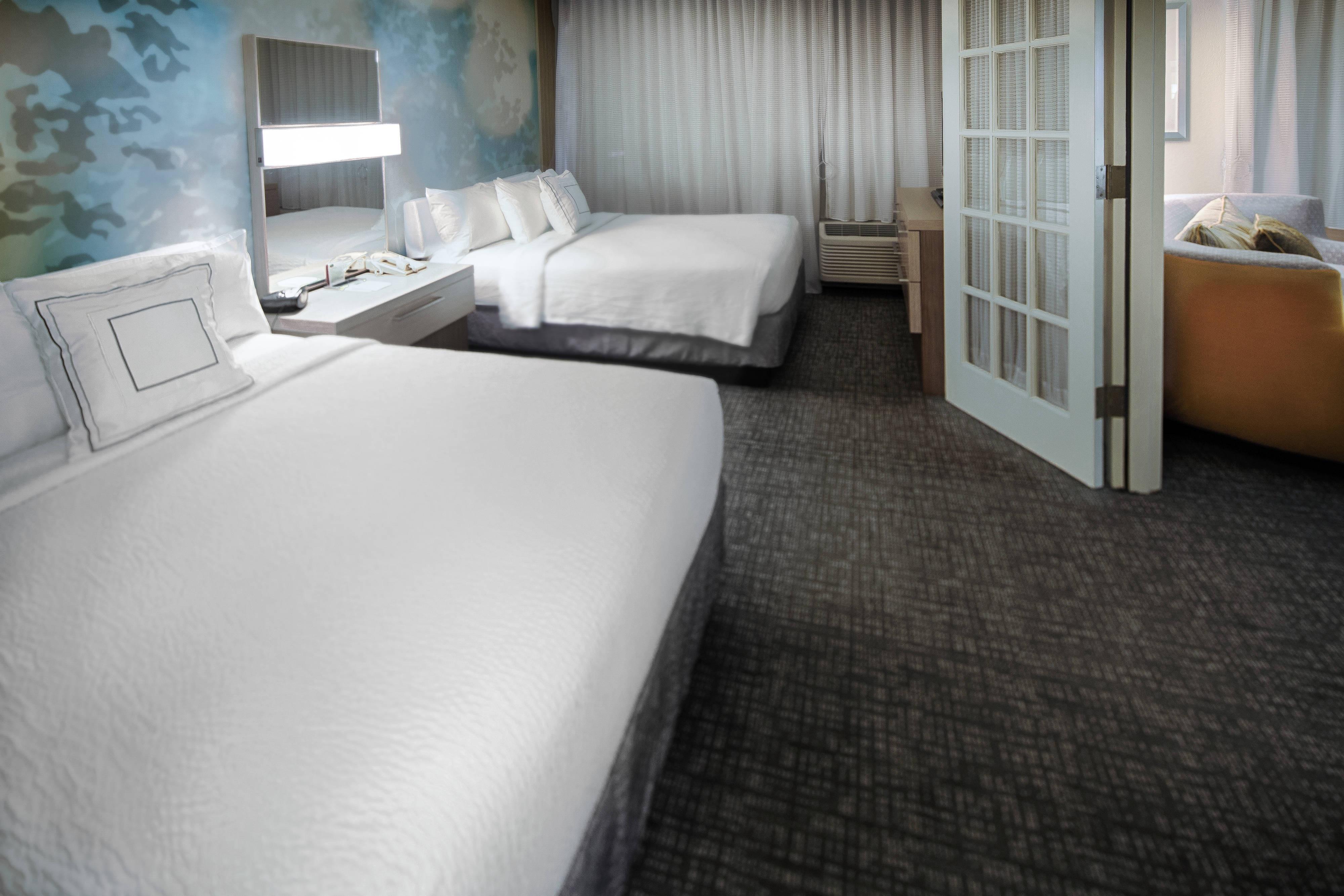 Suite mit zwei Doppelbetten – Schlafzimmer