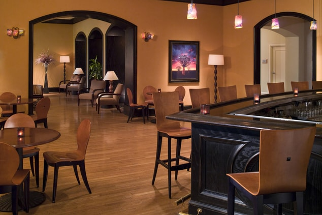 Fort Worth hotel lounge bar