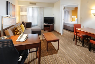 Fort Worth Fossil Creek One-Bedroom Suite