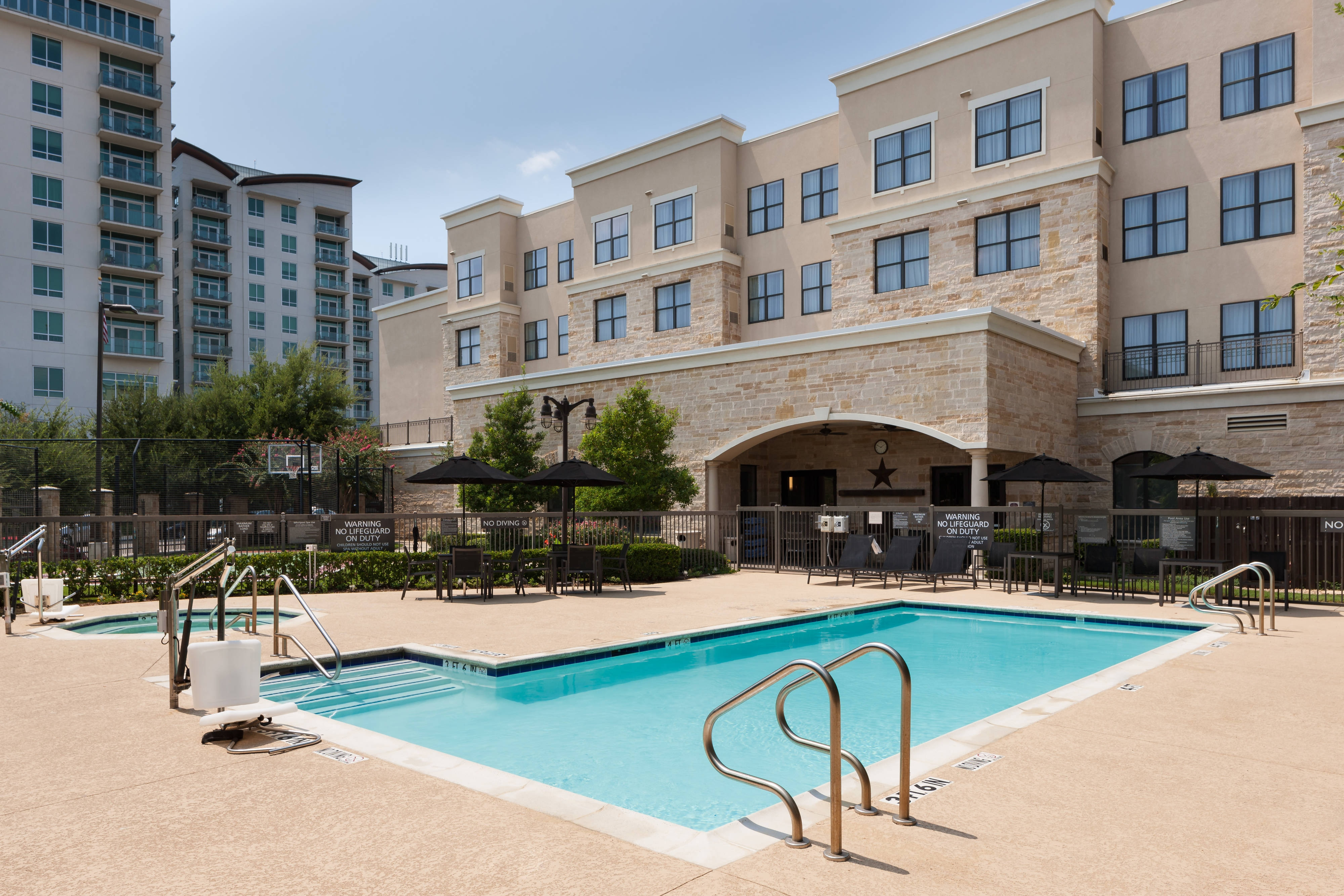 Residence Inn Fort Worth Cultural Pool