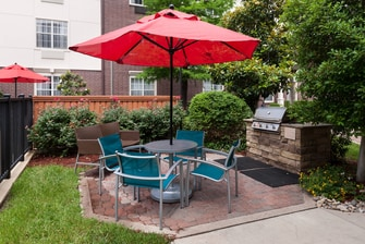 TownePlace Suites Arlington Outdoor Grill