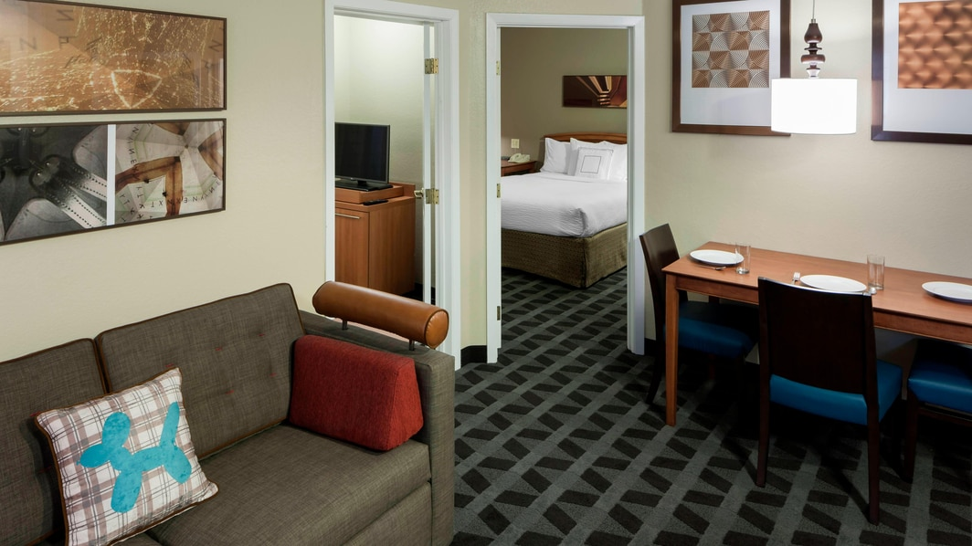 Suite de dos dormitorios del TownePlace Suites Dallas Arlington North