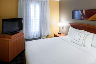 TownePlace Suites Arlington One-Bedroom Suite