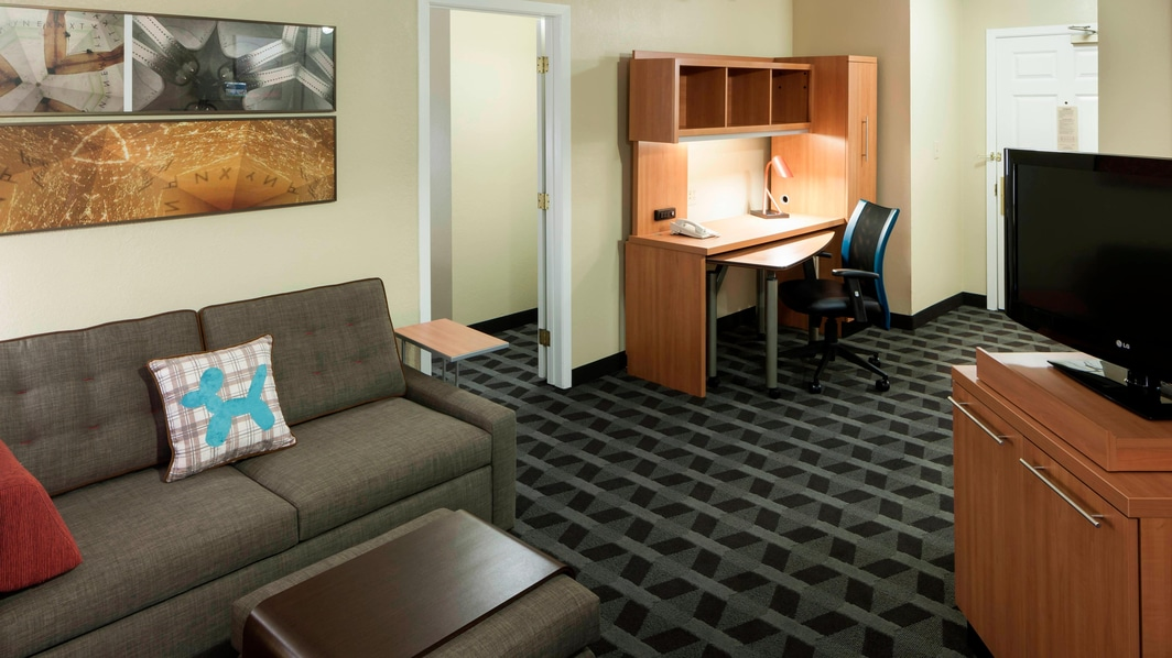 Suite de un dormitorio en el TownePlace Suites Dallas Arlington North