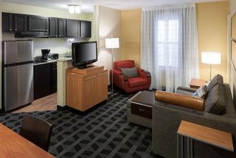 TownePlace Suites Arlington Living Area