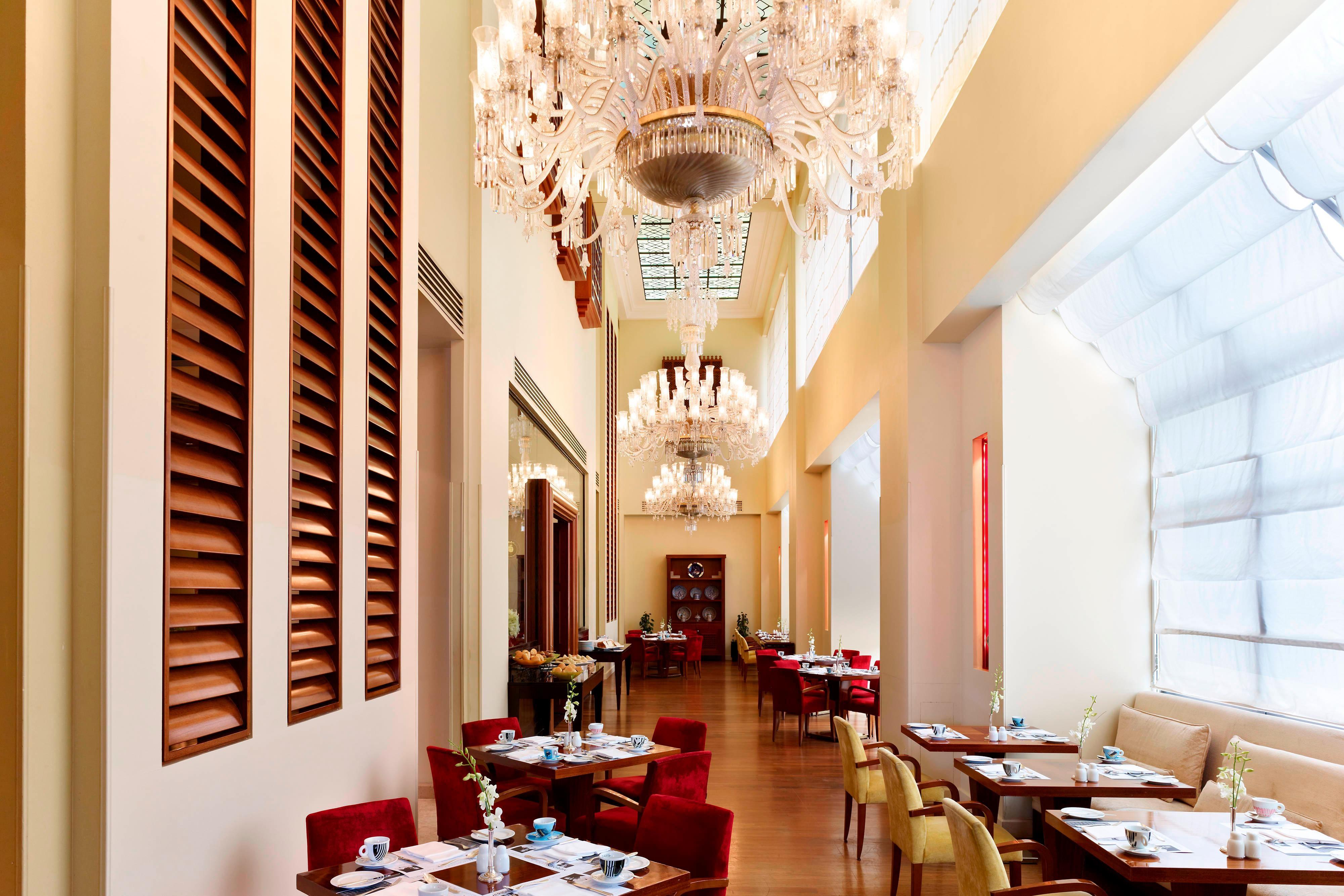 Le Cafe de Paris - Breakfast