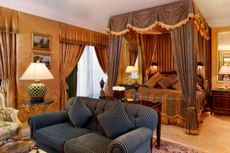 Royal Suite - Master Bedroom