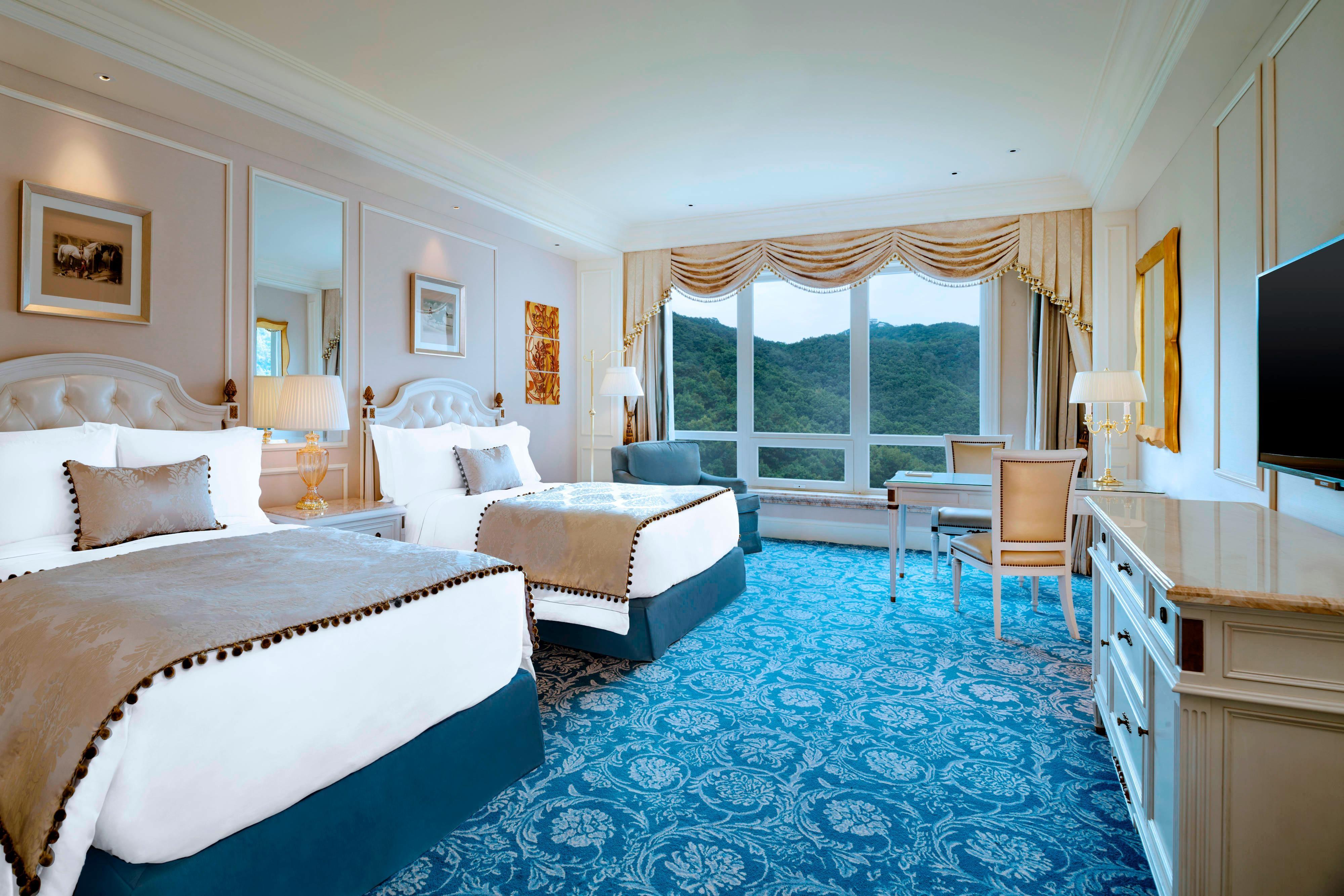 Higher floor Mountain Twin Bed