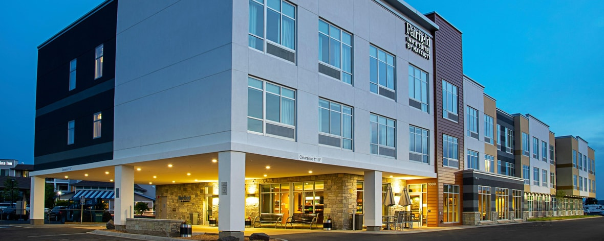 Hotel Near Canal Park In Duluth Mn Fairfield Inn