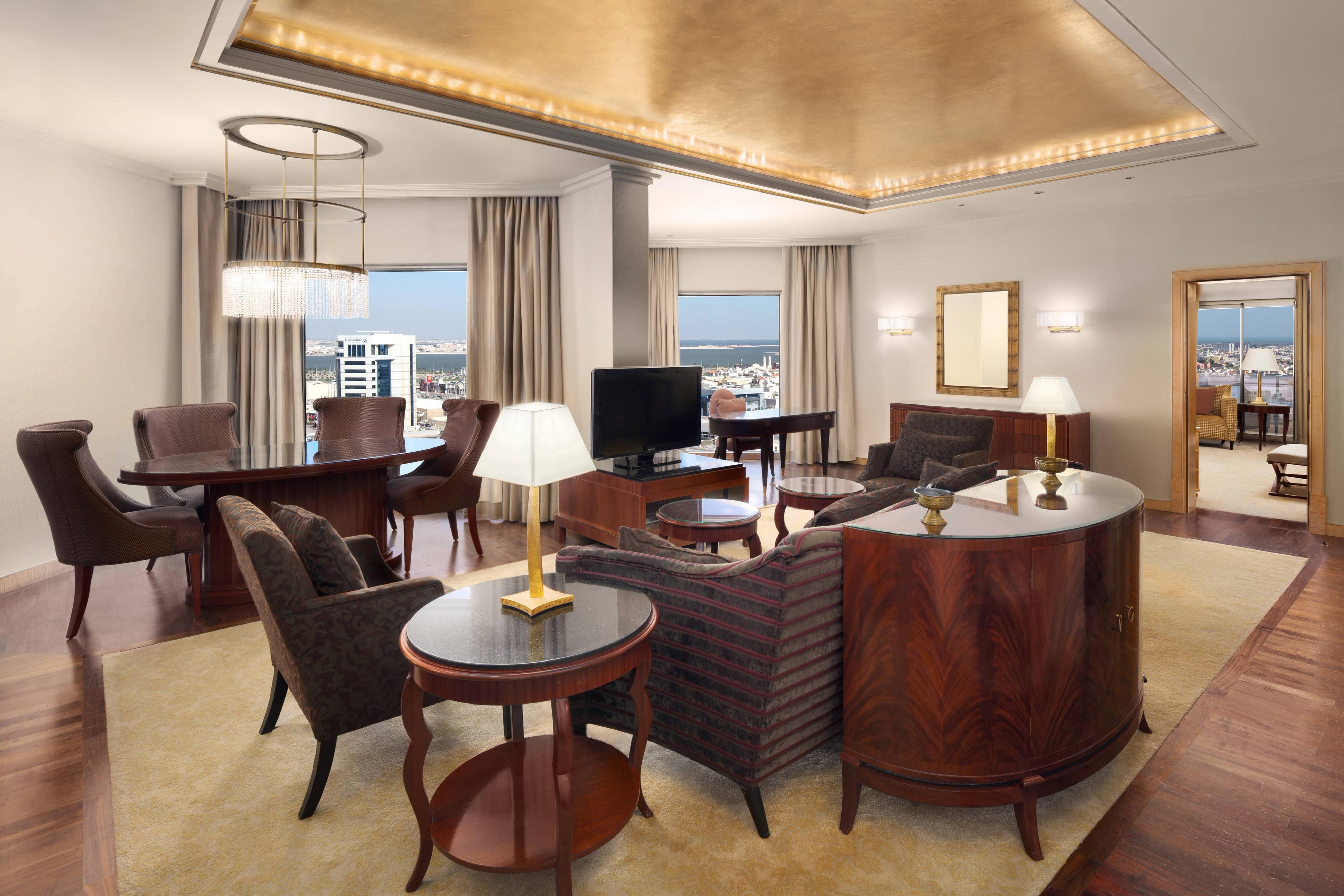 Президентский люкс, гостиная