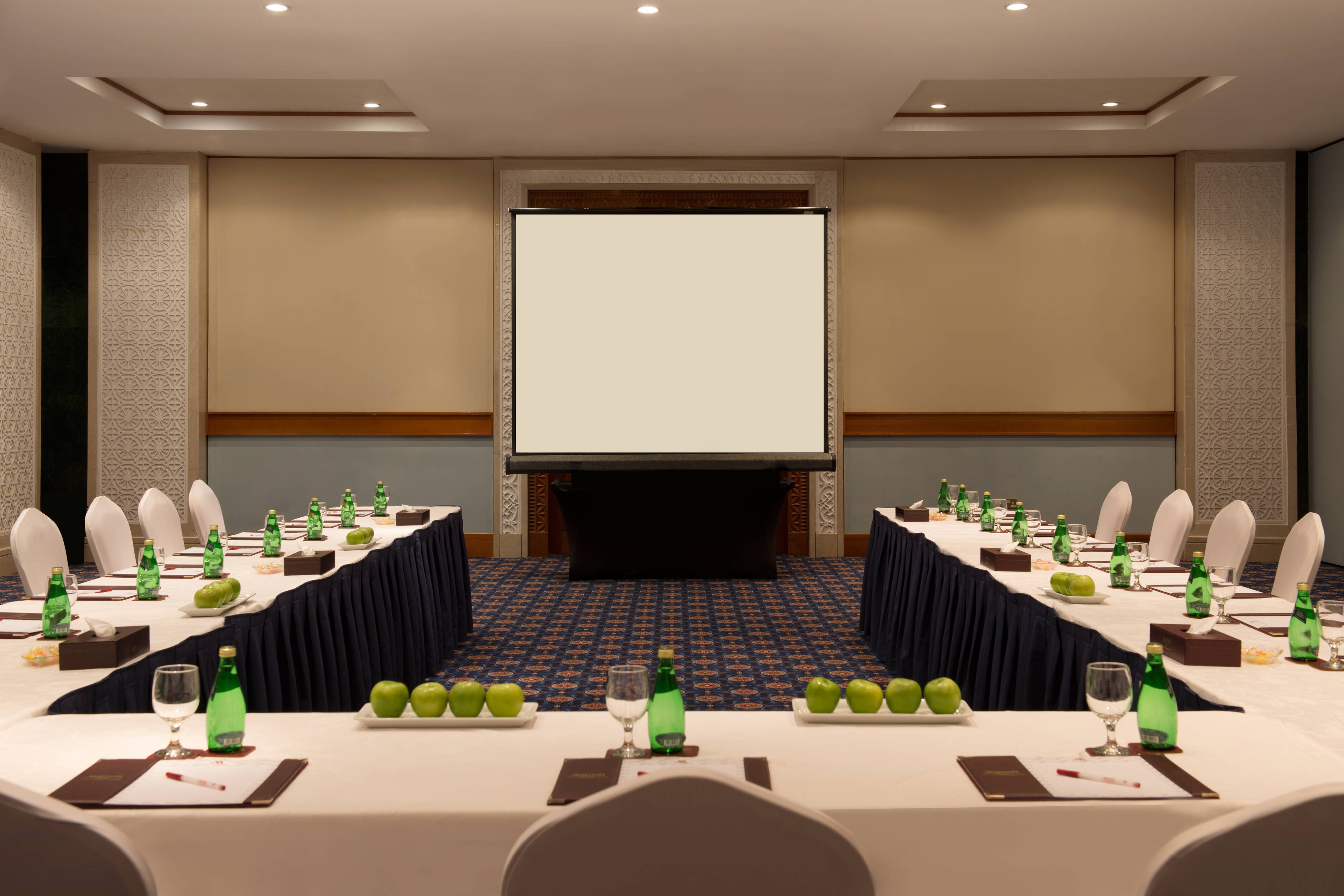Doha Marriott Meeting Room and Banquet