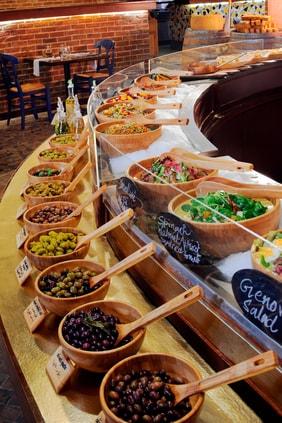 Doha Italian restaurant salad buffet