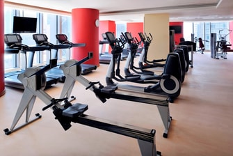Luxury Doha hotel fitness center