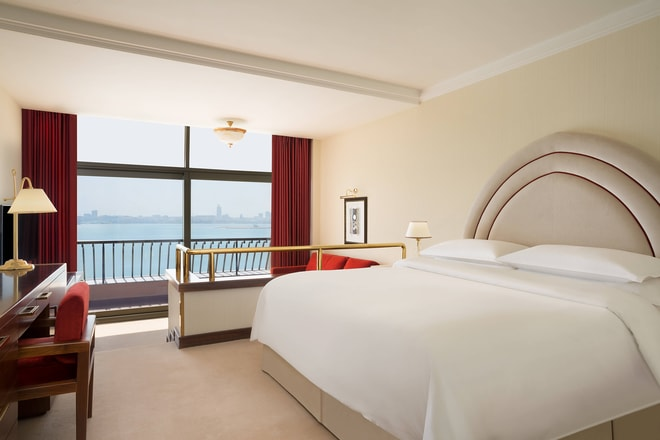 King Deluxe Sea View Guest Room