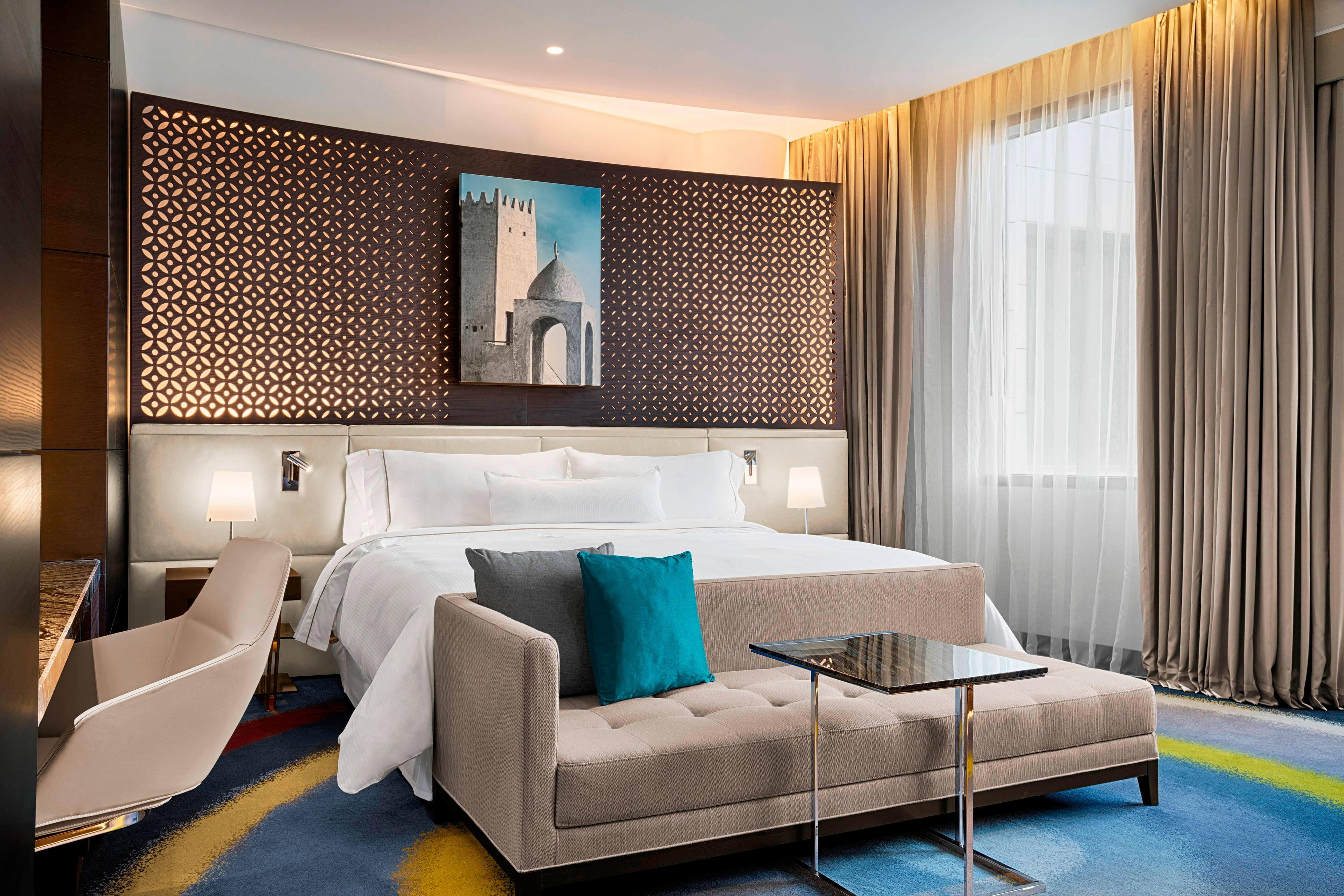 Rest well in a signature Westin Heavenly® Bed with its customary pillow-topped mattress, down duvet and inviting, fluffy pillows found in every Deluxe Room.
