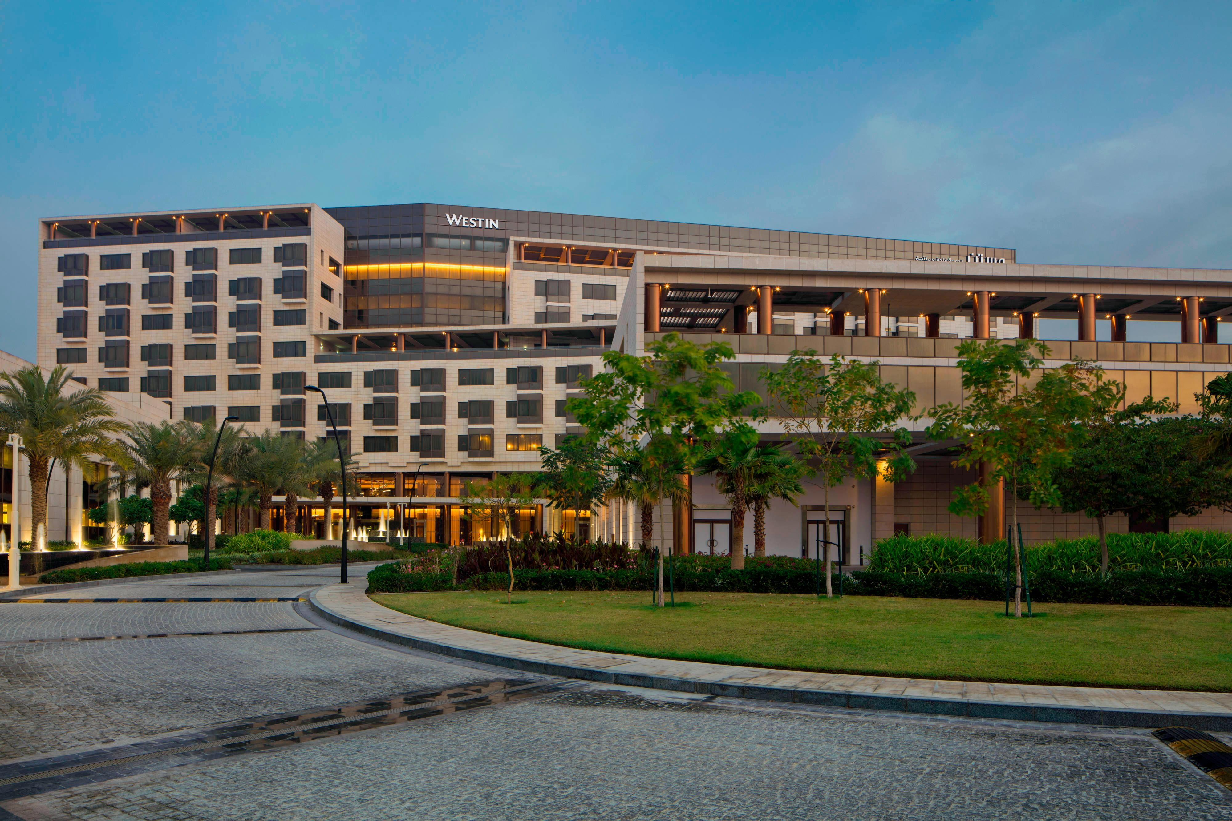 The Westin Doha Hotel & Spa is an oasis of serenity in the heart of a rapidly growing metropolis. From elaborate entrances, bold walkways, lavish villas, to the meandering lazy river, the juxtaposition of serenity within the electric urban pull of Doha is a concept never seen before in the country.