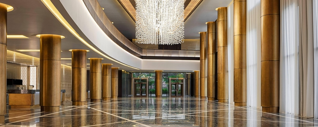 The pre-function foyer, complete with separate entrance, can host up to 1,000 guests, making it a perfect venue for pre-event receptions.