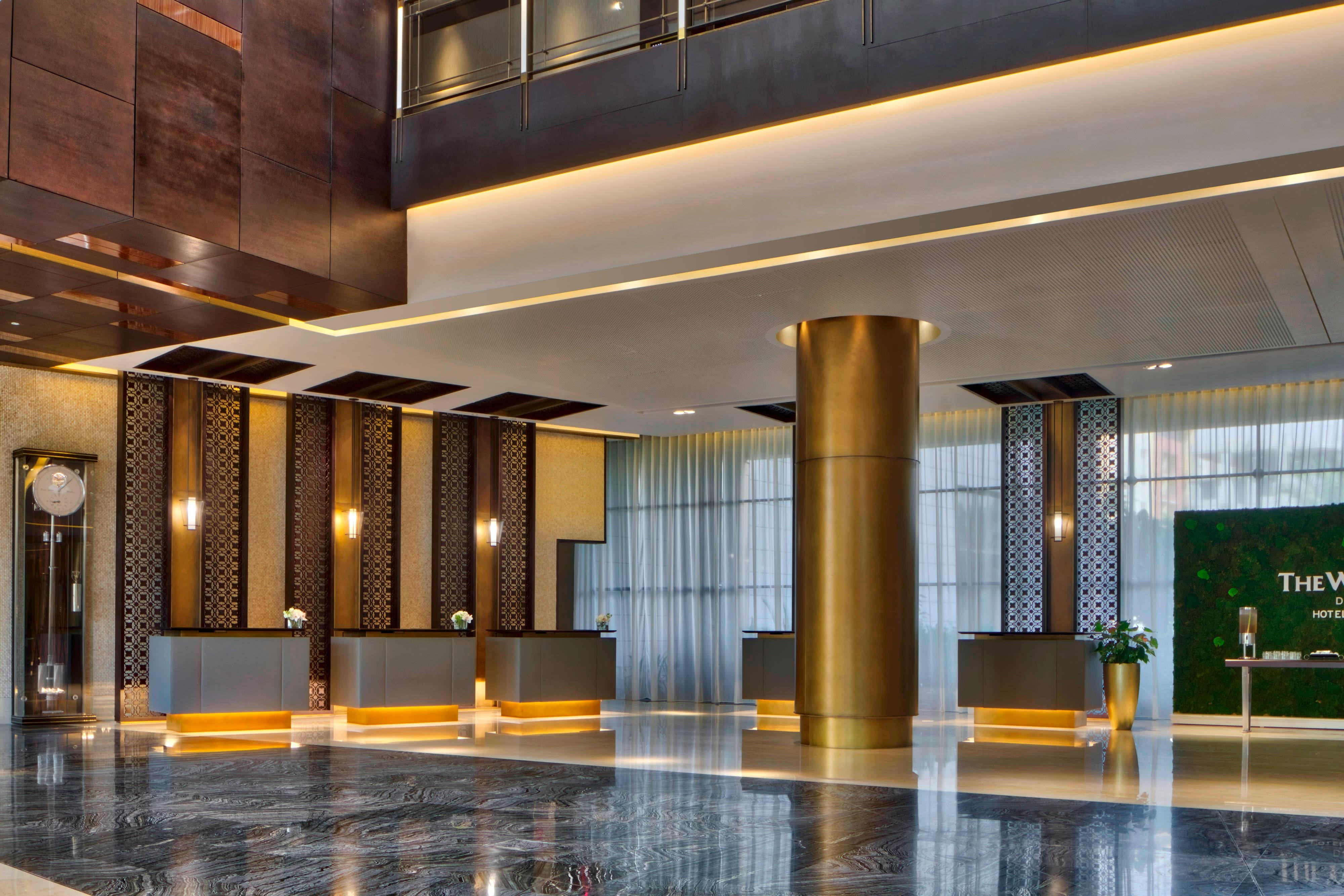 The Westin Doha Hotel & Spa welcomes you to Doha's Downtown Sanctuary. Our friendly Guest Services team are available at the reception desk 24/7.