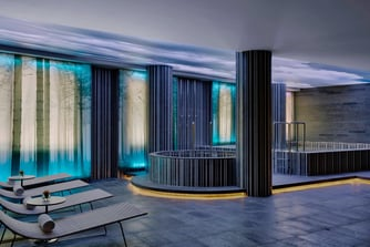 The Heavenly Spa at Westin provides the ultimate relaxation experience. Guests are invited to find their own personal sanctuary with our custom-designed wet area complete with steam, sauna and jacuzzi.